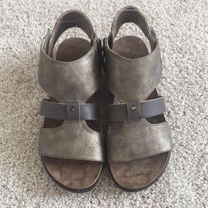 Hocus Pocus sandals (6)